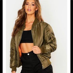 New look plus sized moss army green bomber jacket